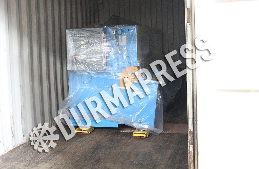 Shearing Machine delivery out to Australia .jpg